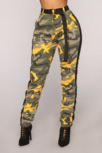 Cadet Kourtney Oversized Camo Pants - Yellow/Combo