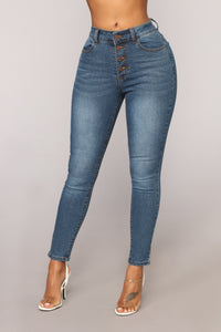 Los Angeles Bound Ankle Jeans - Medium Blue Wash