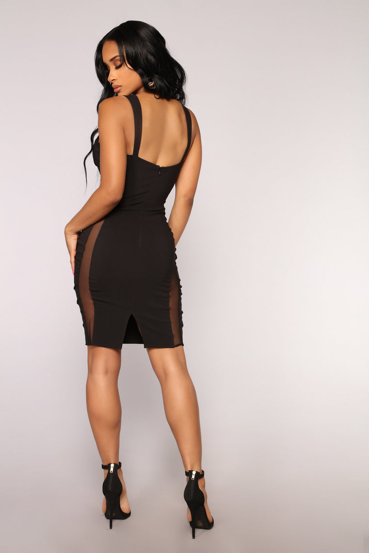 All My Ladies In The Place Dress - Black