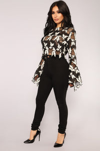 Keep Me Company Bell Sleeve Top - Black/White