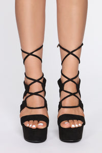 Wrote Me A Letter Heeled Sandals - Black Angle 2