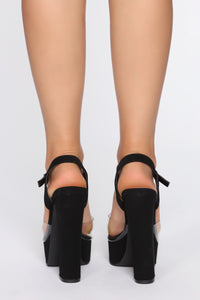 Nice Touch Heeled Sandals - Black