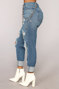 Wright Boyfriend Jeans - Medium Blue Wash Angle 4