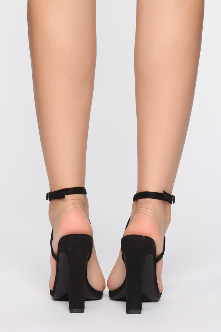 Gave You All My Love Heeled Sandals - Black