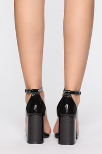 Left Me Speechless Heeled Sandal - Black Angle 4