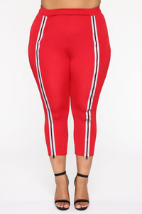 Reflect On The Past Crop Leggings - Red
