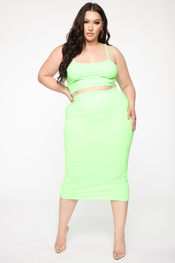 514855bf8b63 Plus Size & Curve Clothing | Womens Dresses, Tops, and Bottoms