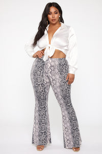 Made To Break Flare Pants - Grey
