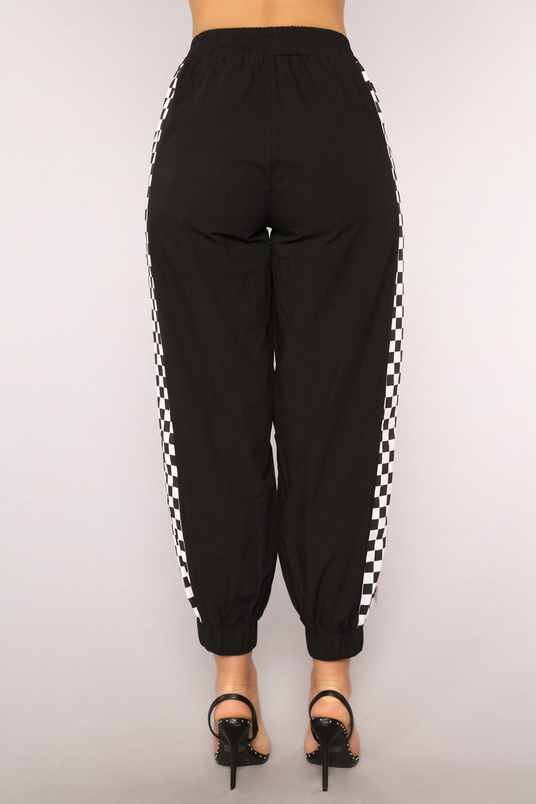 You Make My Heart Race Joggers - Black