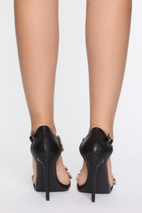 Breaking Expectations Heeled Sandal - Black Angle 4