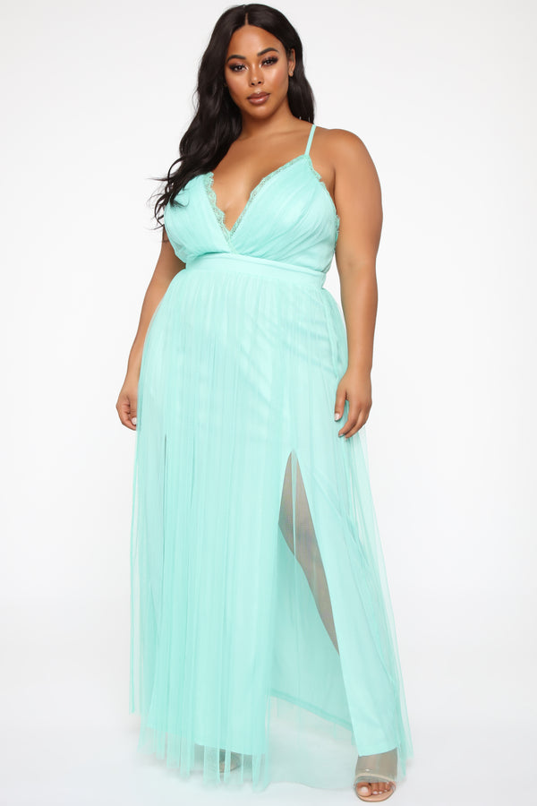 67a36fc4 Plus Size & Curve Clothing | Womens Dresses, Tops, and Bottoms