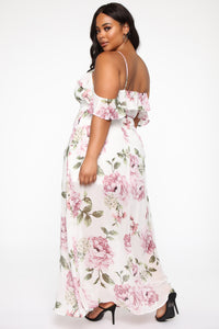 Just A Day Dream Floral Maxi Dress - White/Combo