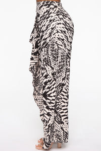 Woah There Wide Leg Pants - Black/White