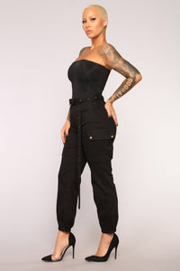 Cargo Chic Pants - Black Angle 10