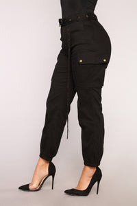 Cargo Chic Pants - Black Angle 8