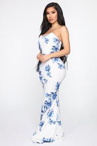 Day Of Delight Floral Maxi Dress - White/combo