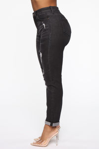 Need A New High Rise Mom Jeans - Black Angle 5