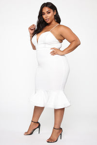 Cristelle Mermaid Midi Dress - Ivory Angle 8