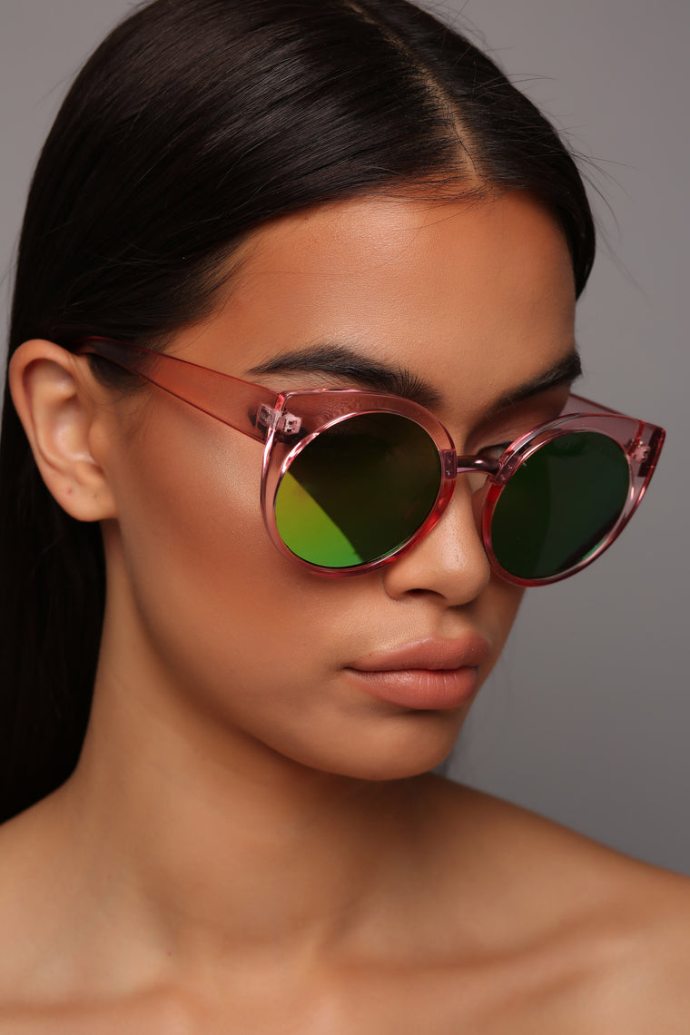 Very Peculiar Sunglasses - Clear/Green