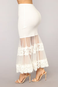 Show Stopper Skirt - White