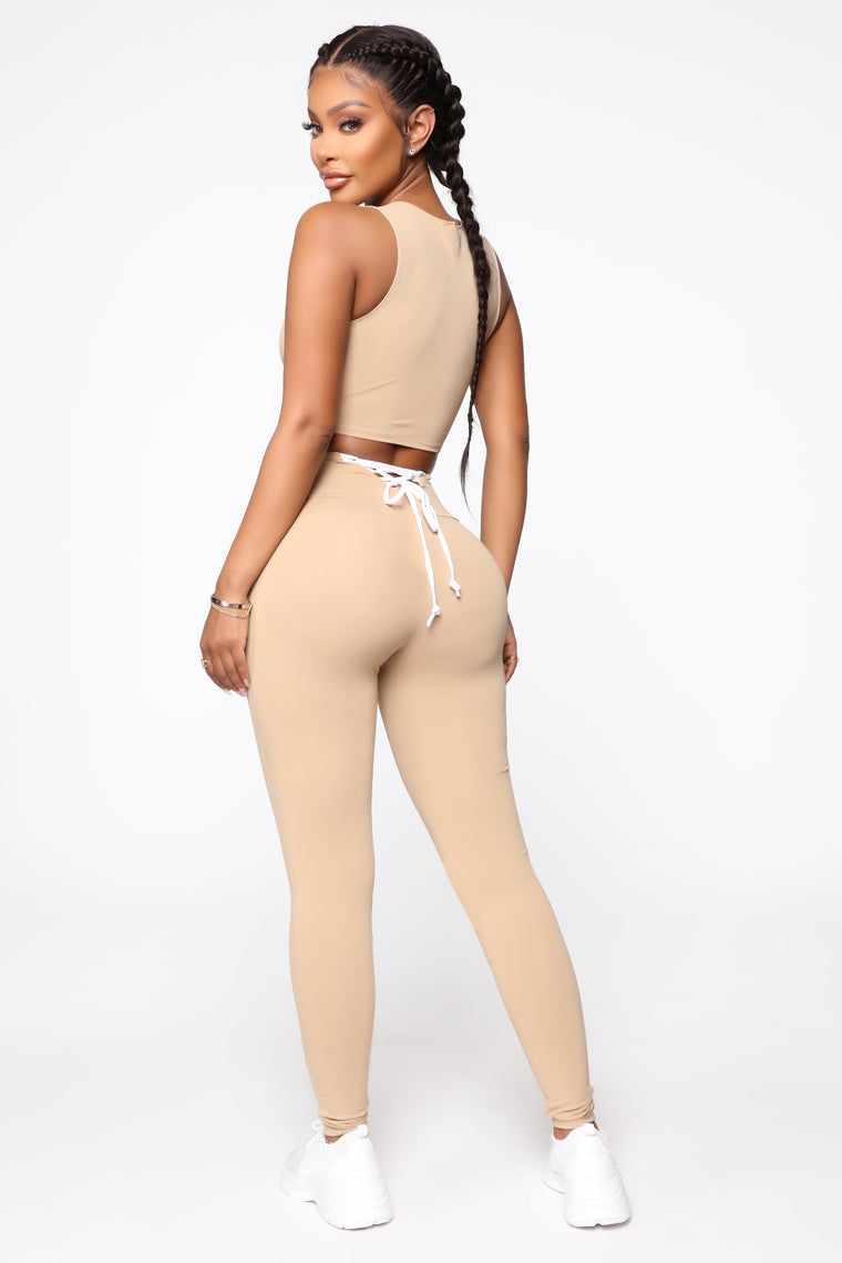 All Tied Up Right Now Leggings - Mocha
