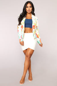 Butterfly Effect Blazer - White Angle 2