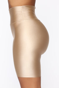 Nova Baesic Biker Short In Glossy Fabric - Dark Beige Angle 3