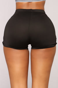 On The Run Shorts - Black