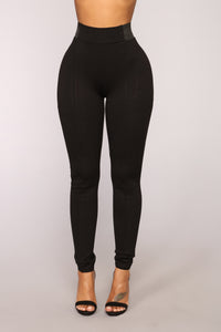 Let it Go High Rise Leggings - Black Angle 1