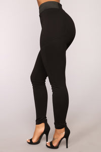 Let it Go High Rise Leggings - Black Angle 2