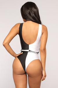 Can't Decide Swimsuit - Black/White
