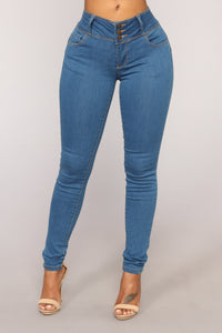 Driving You Crazy Jeans - Medium Wash