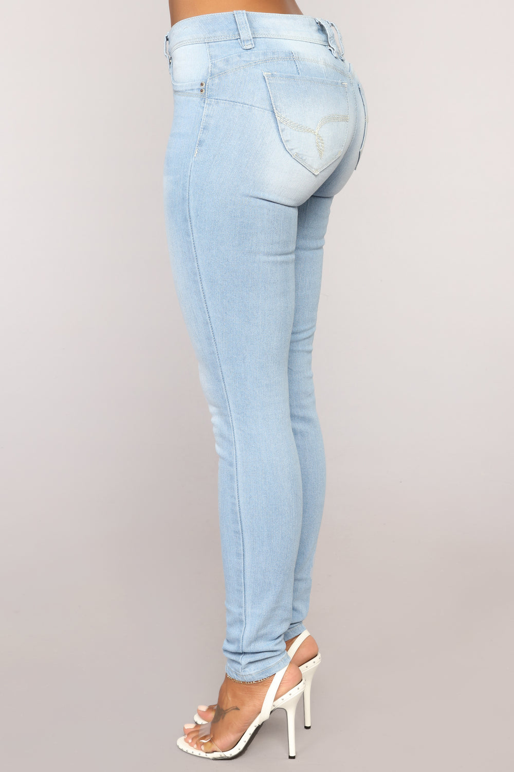Light Up Your Life Booty Lifting Jeans - Light Blue Wash