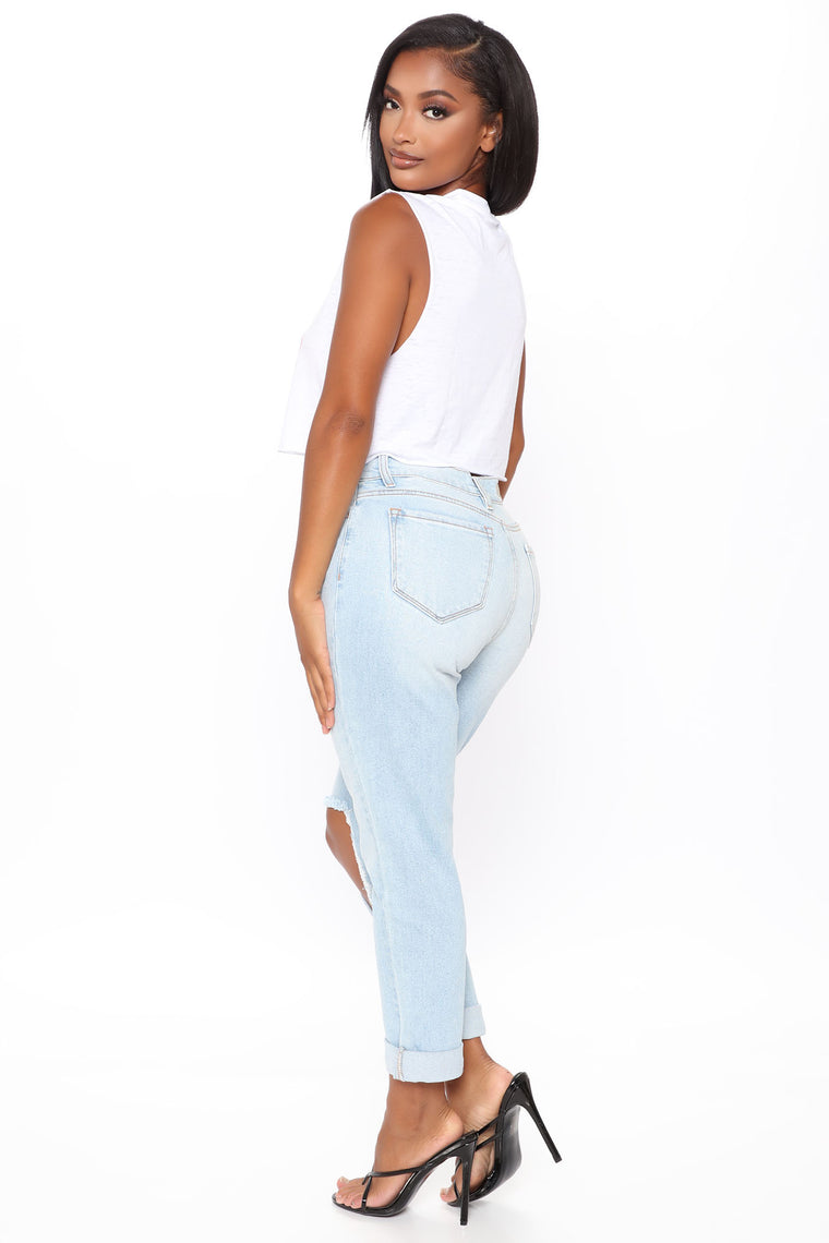 Respect The Queen Mom Jeans - Light Blue Wash