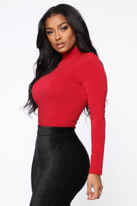Abigail Turtleneck Top - Burgundy