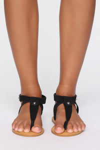 Help Me Out Flat Sandals - Black