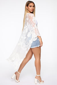 On Your Side Embroidered Kimono - Ivory