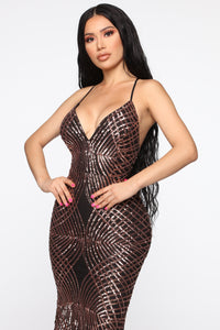 Here To Shine Gown - Black/Gold