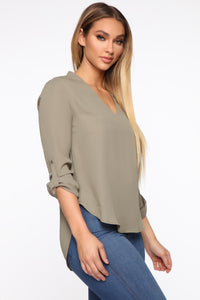I'm Unavailable Top - Olive Angle 3