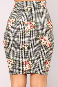 Blossom And Bloom Skirt - Black/White