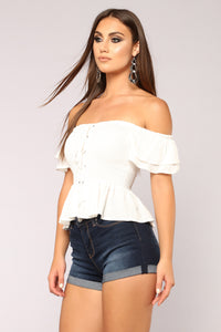 Anaith Off Shoulder Top - White