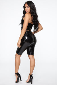 Kiki Latex Cropped Top - Black
