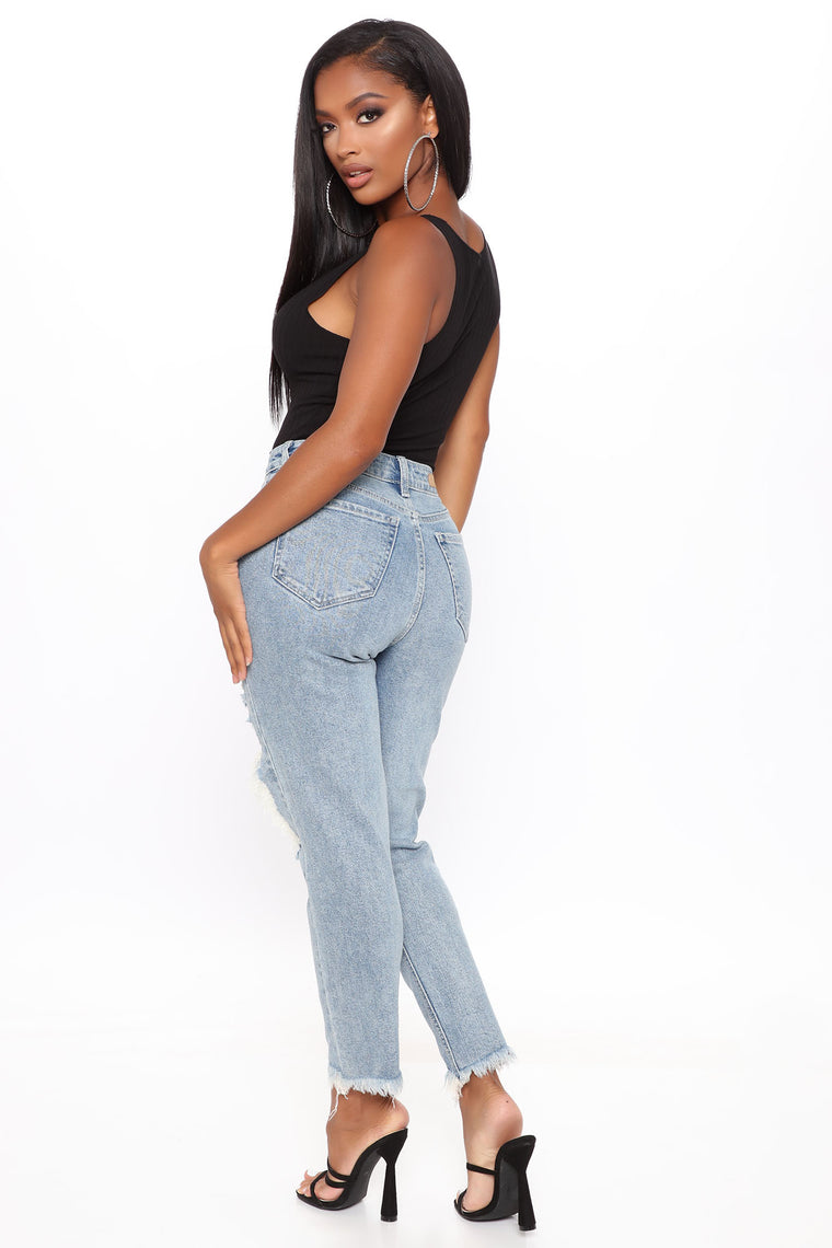 Hold Me Close Cropped Straight Leg Jeans - Light Blue Wash