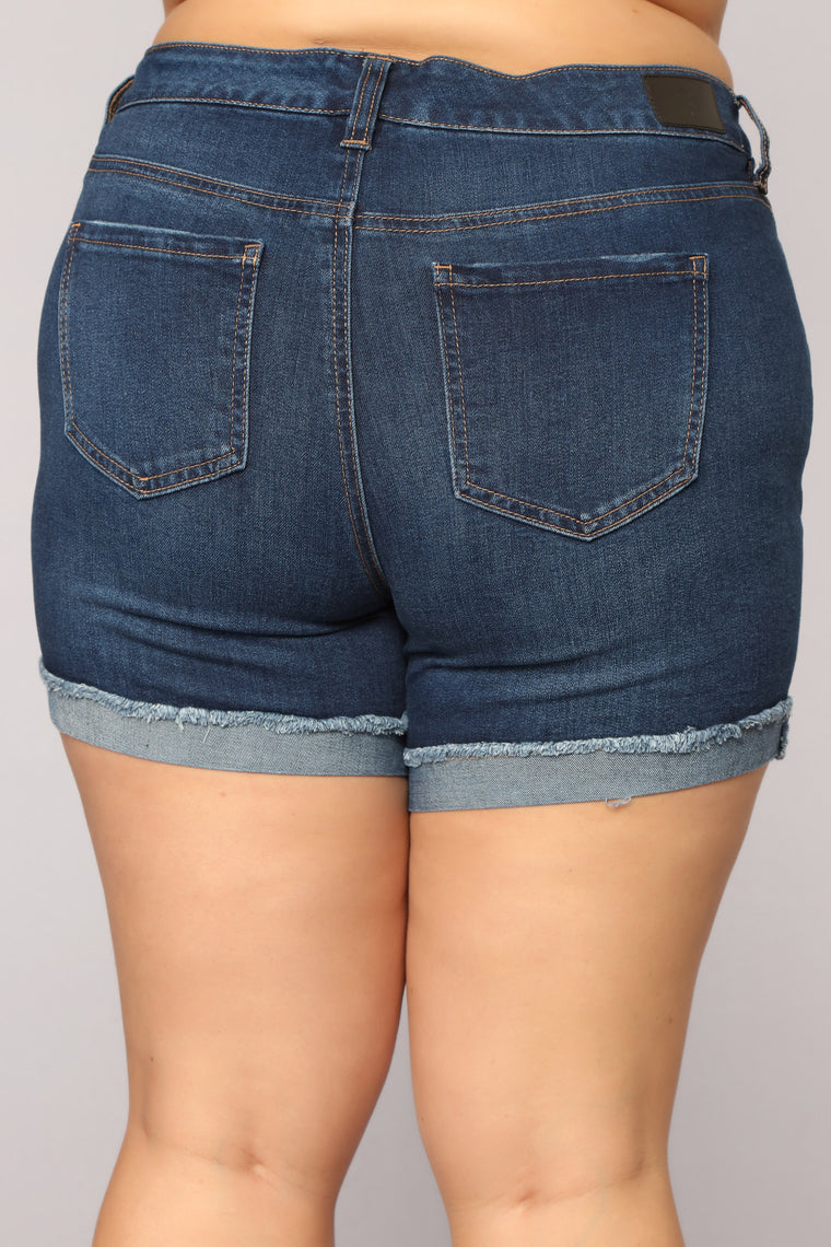 World Traveler Distressed Shorts - Medium Blue Wash