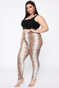 Your Fave Printed High Rise Legging - Red/Combo