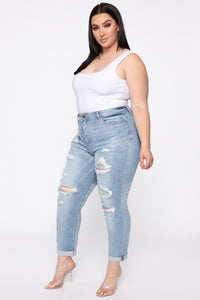 I Want It That Way II Mid Rise Jeans - Light Blue Wash Angle 3