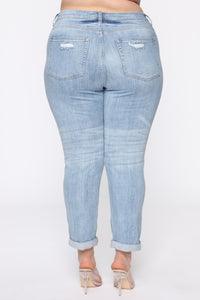 I Want It That Way II Mid Rise Jeans - Light Blue Wash Angle 6