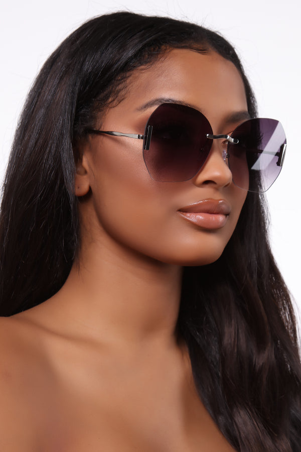 9672e39768b Trouble In Paradise Sunglasses - Silver/Black