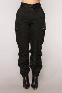 Cargo Chic Pants - Black Angle 1