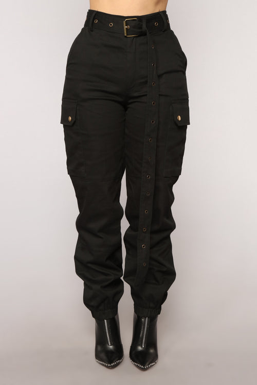 Cargo Chic Pants - Black